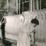 Blick in die Formerei der Firma Elbeo. Foto: Staatliches Textil- und Industriemuseum Augsburg